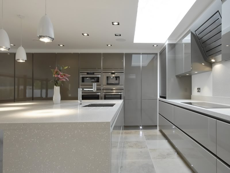 Handle Less Kitchens Biaggi Cucina