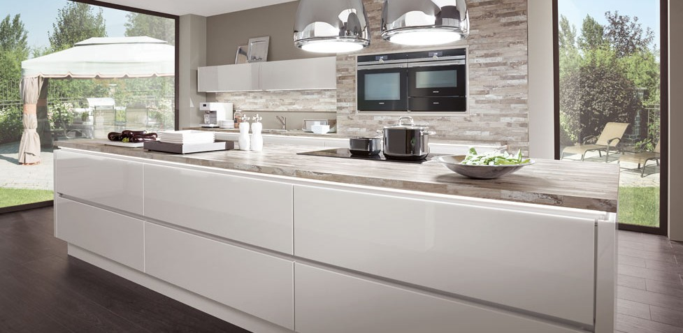 Handle Less Kitchens Biaggi Cucina